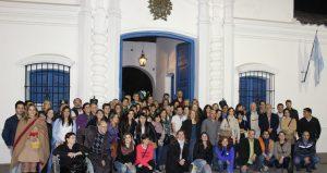 Foto del Congreso REDBIO Tucumán 2015 frente a la Casa Histórica